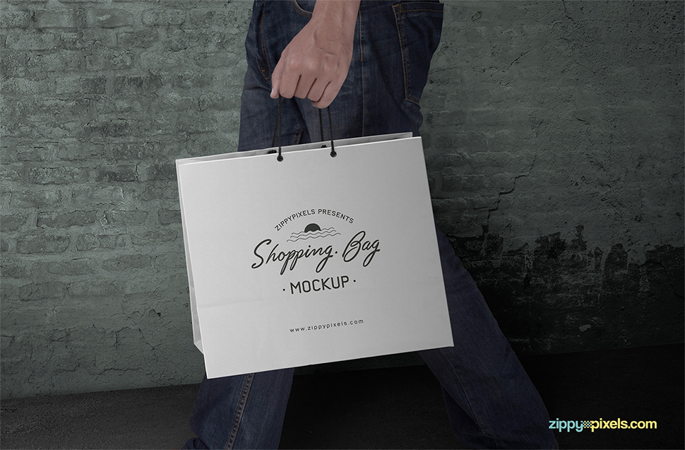 boy-hand-shopping-bag-mockup