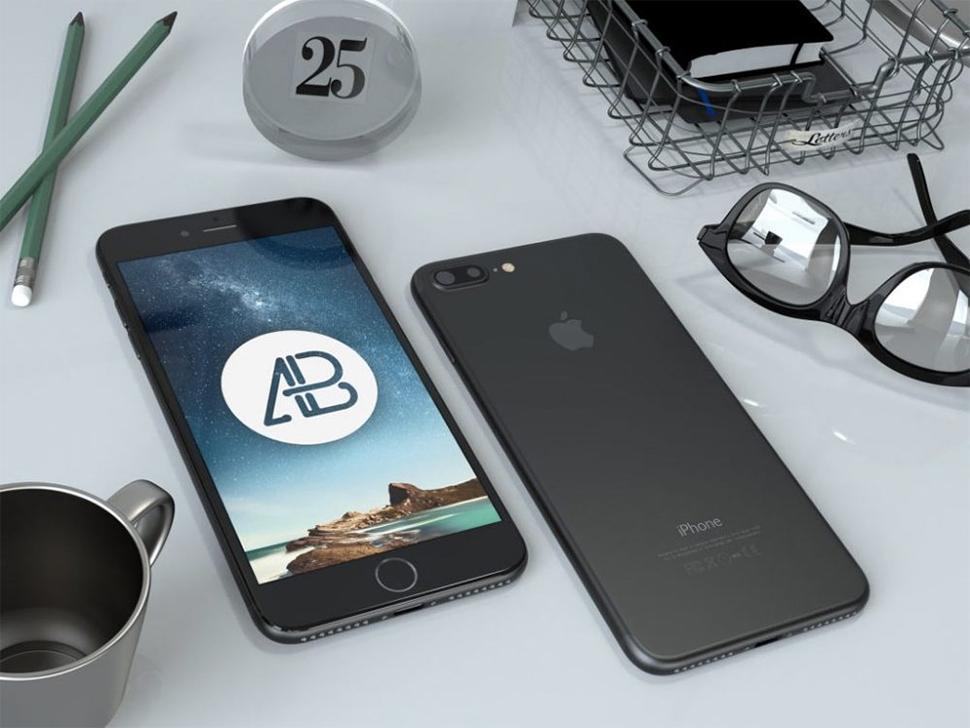 iphone-7-plus-on-desk-mockup