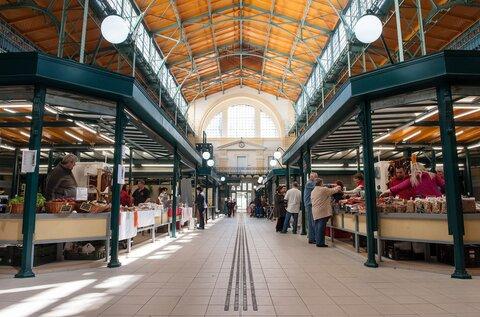Belvárosi Piac (Hold utcai piac)