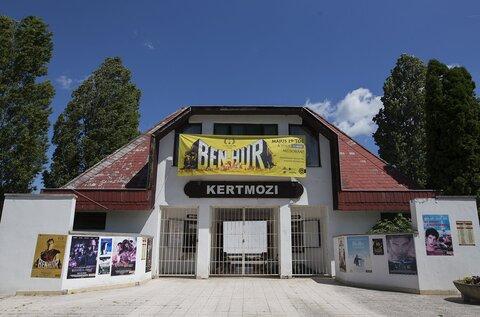 Panoráma Kertmozi