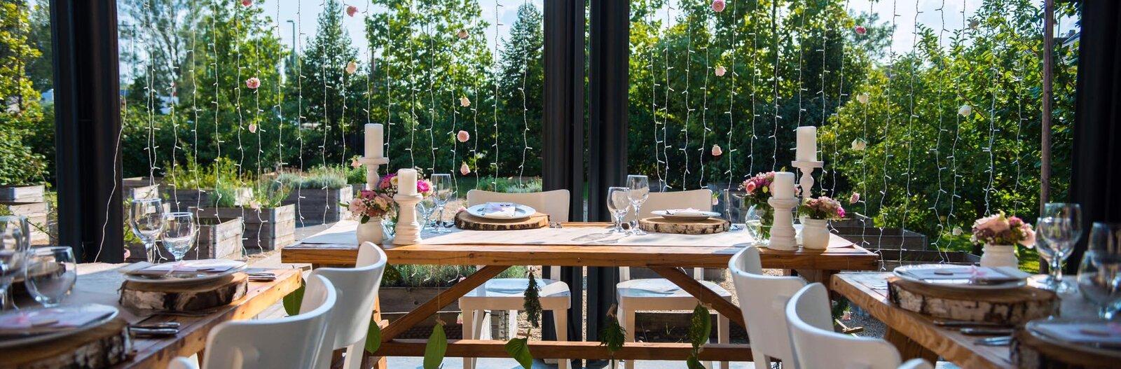 10 klassz étterem a Dunakanyarban nyári estékre