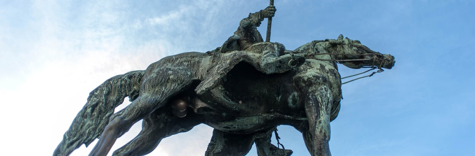 5 Budapest statues that bring good luck when you touch them