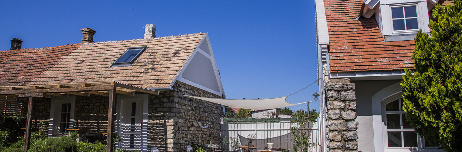 From barns to mansions – Balaton guesthouse that stay open in fall