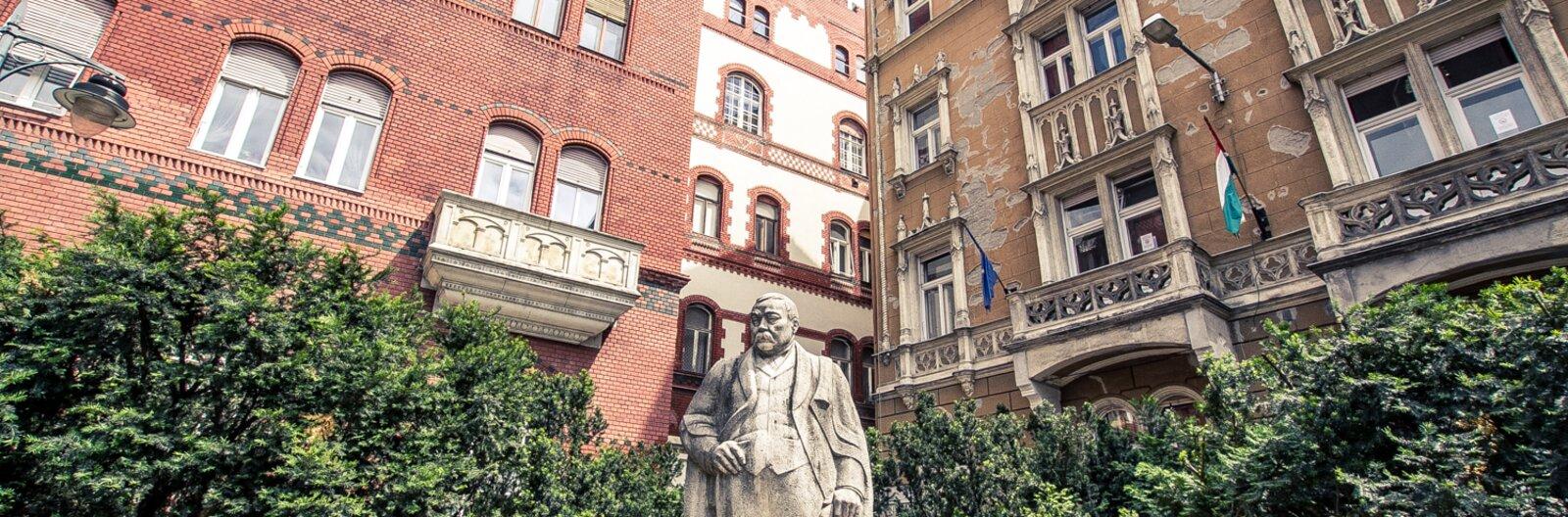 Felfutó negyedek: a Mikszáth Kálmán tér és környéke