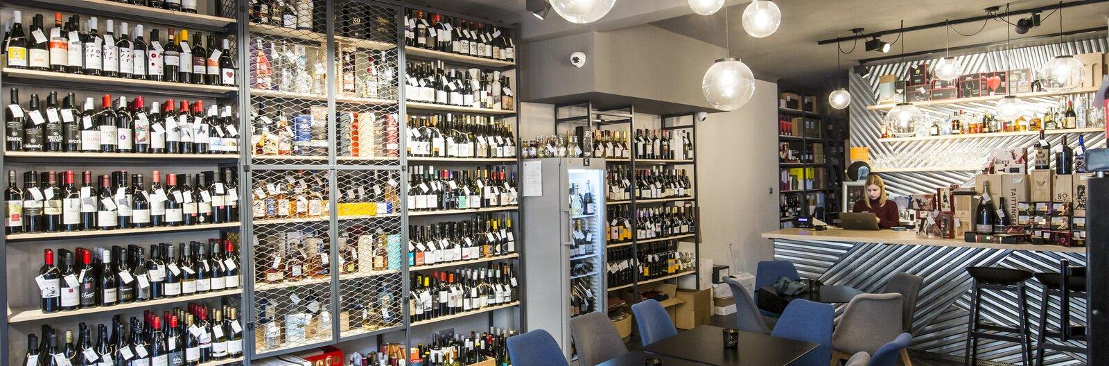 Borok, sörök, spiritek – 10 hely, ahol különleges italokat válogathatsz karácsonyra
