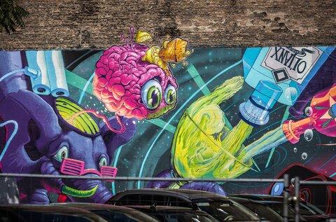 Budapest Murals – Pan Galactic Gargle Blaster