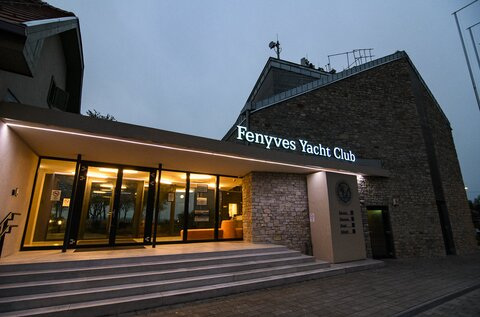 Fenyves Yacht Club and Port