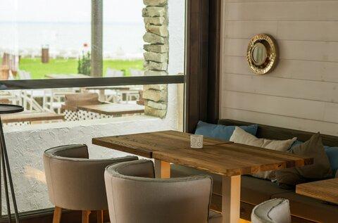 Plage 18 Beach & Restaurant