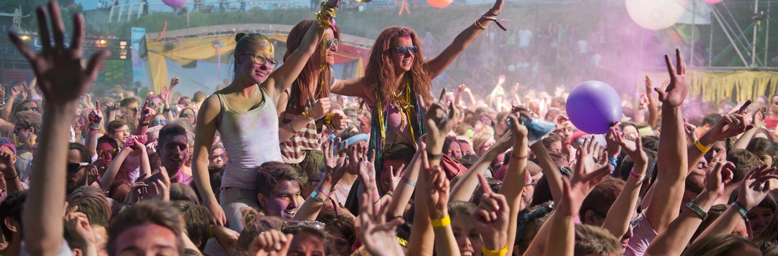 A legjobb szabadtéri koncerthelyszínek a fesztiválhangulathoz