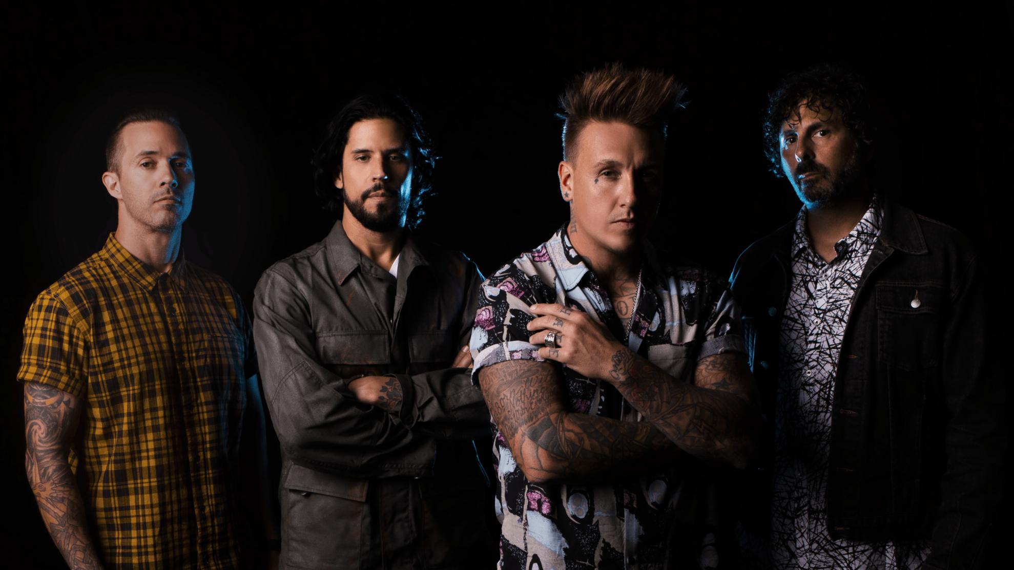 Papa Roach (US), Hollywood Undead (US), Ice Nine Kills (US)