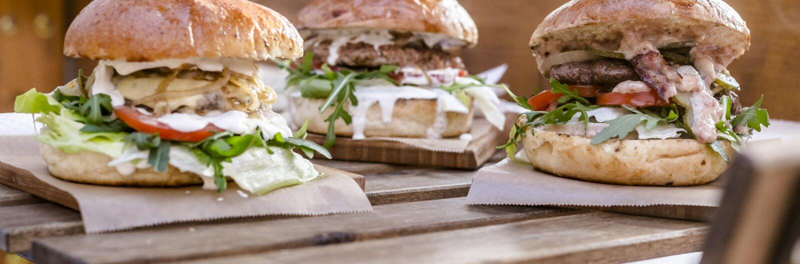 Távol a belvárostól – külkerületi éttermek, street foodosok