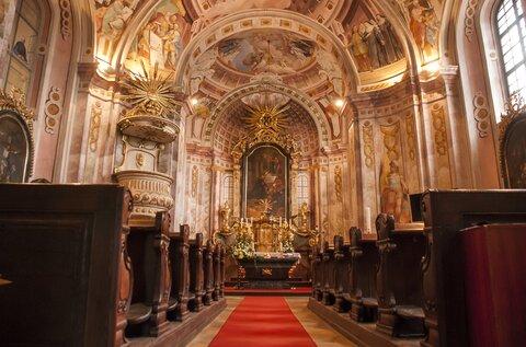 Szent Ignác Church