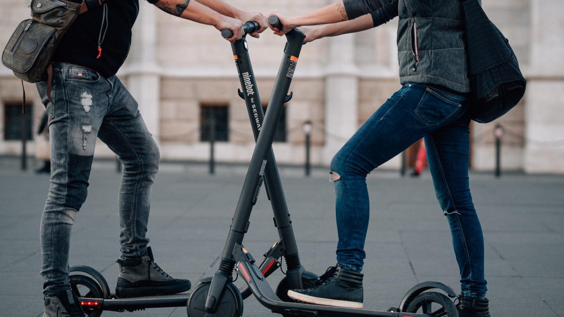 Hírességek Budapestje – Rolleres városi séta