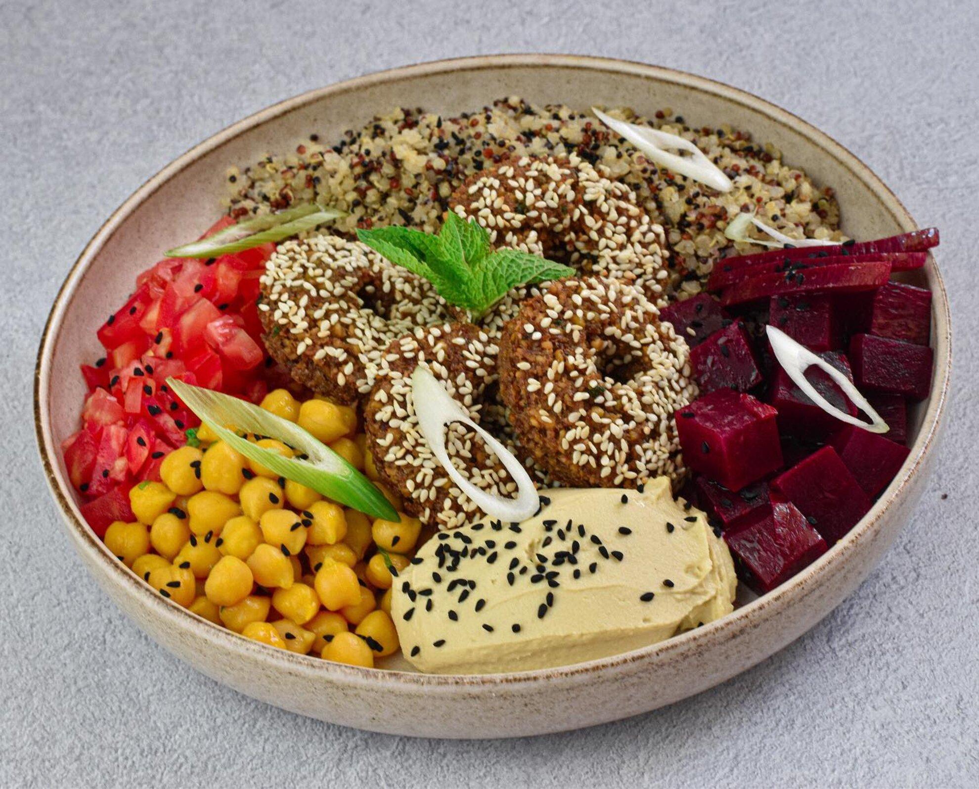 Vegán íz- és örömforrás a Wesselényi utcában – Tahina Bite
