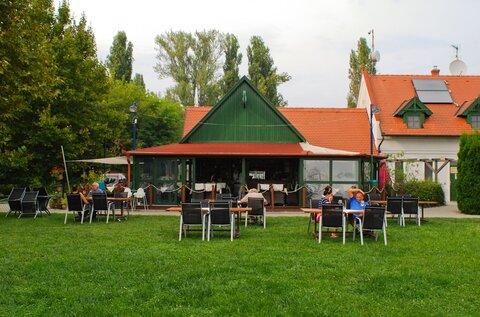 Kikötő Restaurant