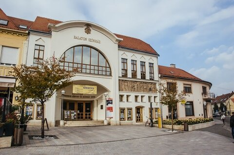 Balaton Theater