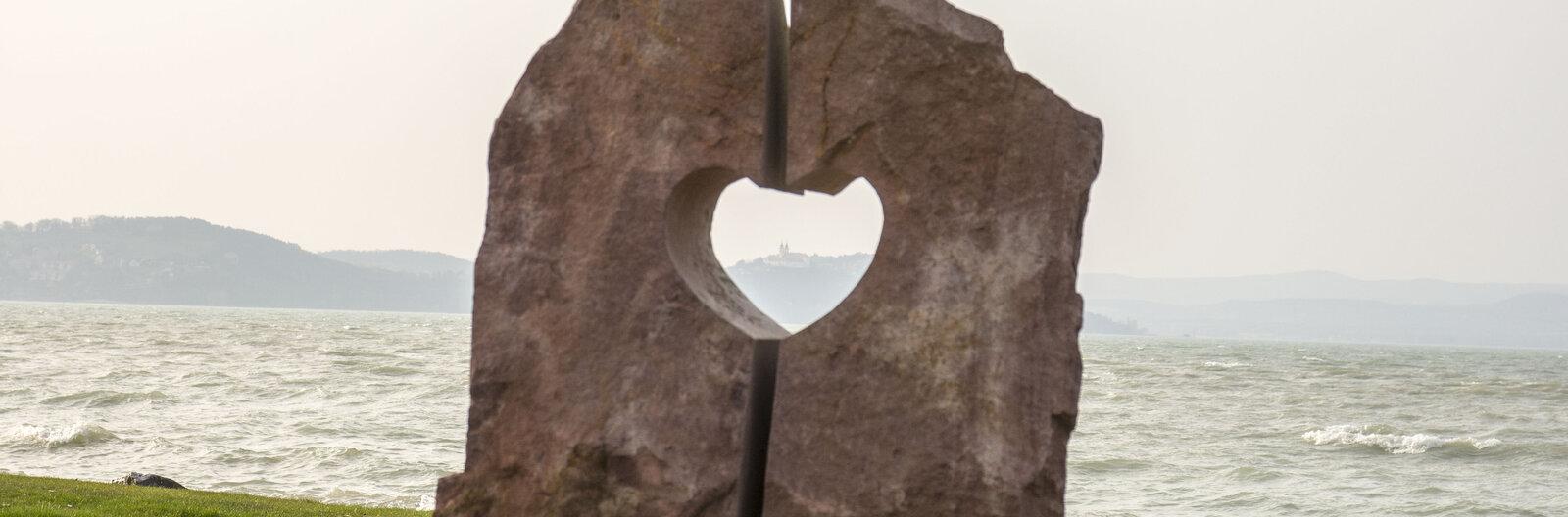 Strandolás korlátok nélkül – Akadálymentes körkép a Balatonról