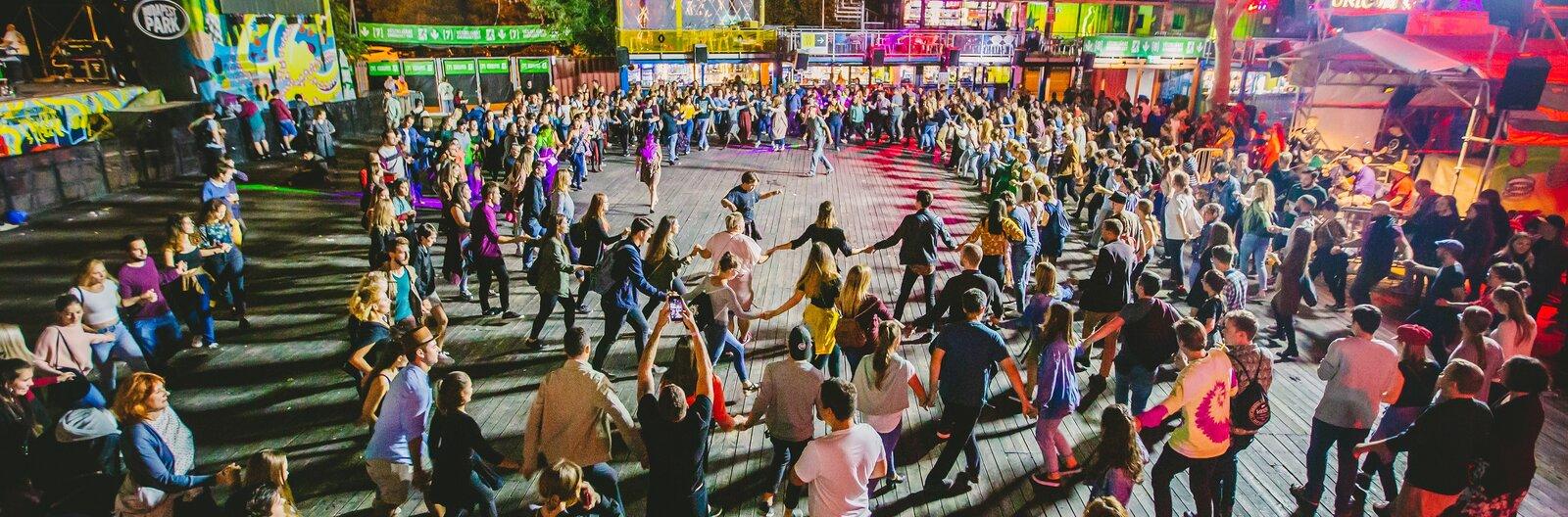 Budapesti táncházak, ahol biztos találsz bulit, ha néptáncolnál