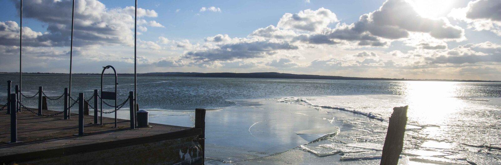 22 tipp, hogy mihez kezdjünk a téli Balatonon – bakancslista