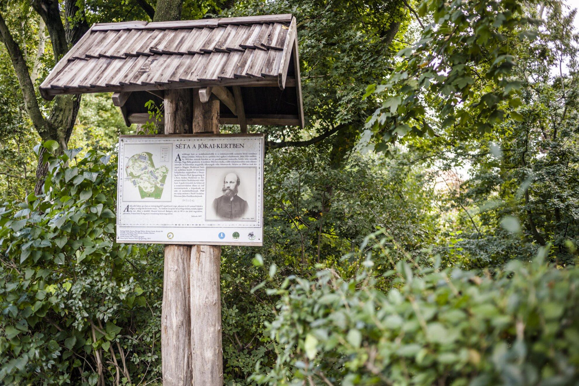 Magyar széppróza napja a Jókai-kertben