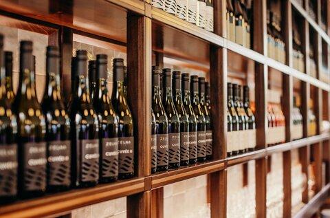 Zelna Wine Terrace and Vinoteca