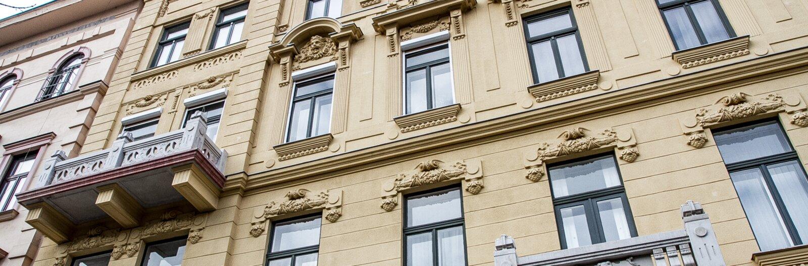 Öt felújított épülethomlokzat Budapesten - második rész