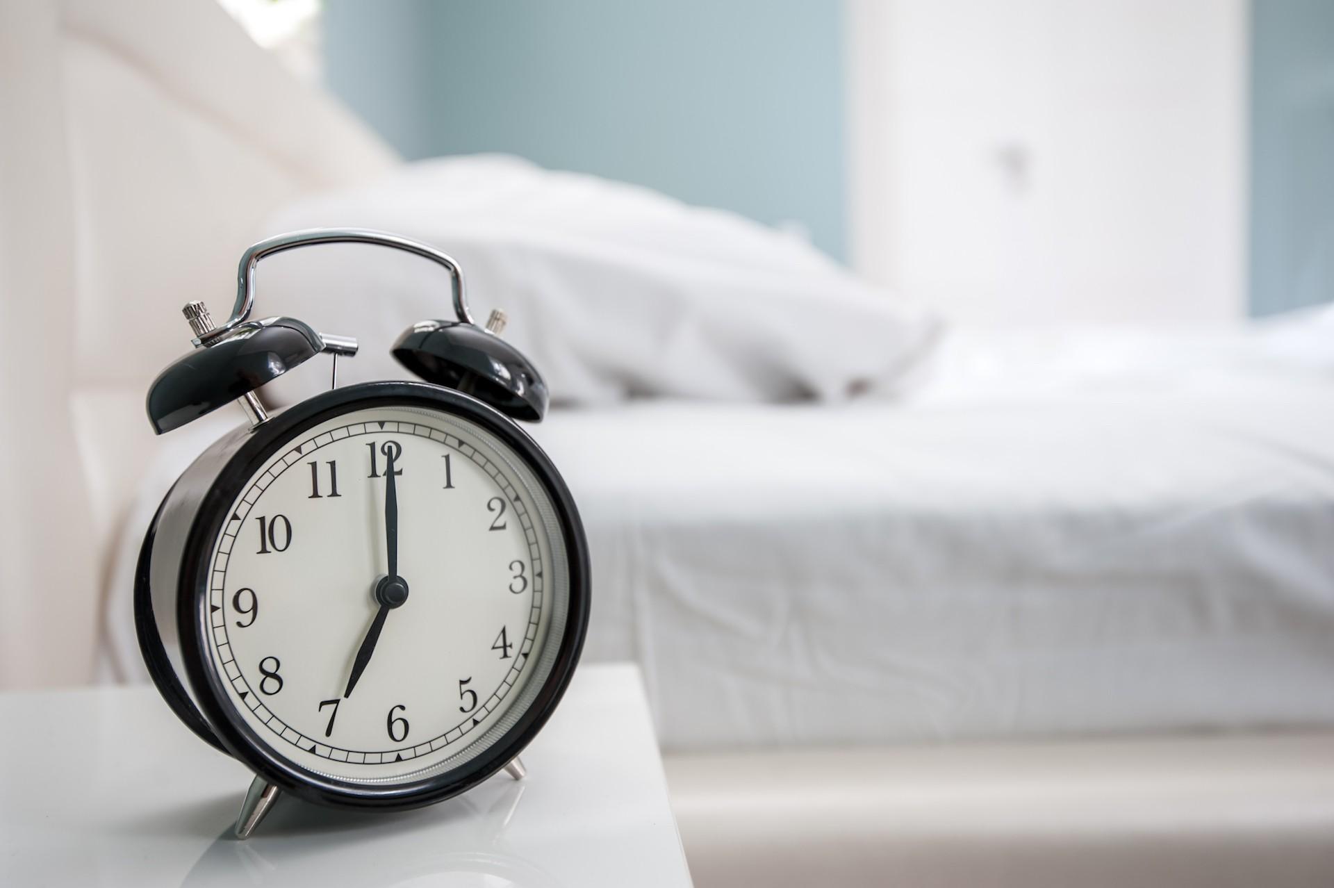 El por que pongo mi alarma lo mas lejos posible antes de dormir