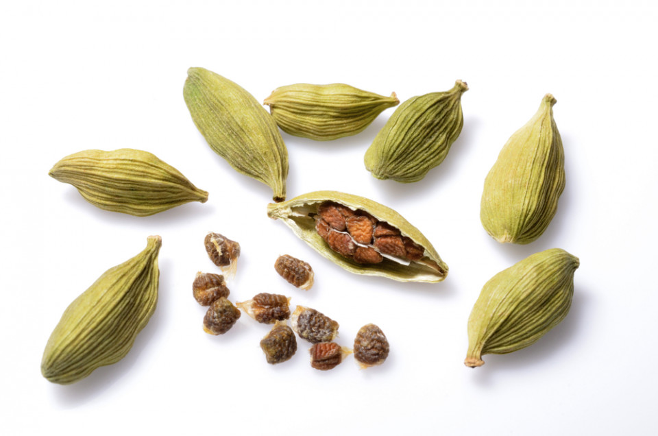 Cardamom (And Its EPIC Health Benefits)