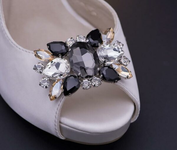 Removable Womens 2Pcs 1 pairs Rhinestone Shoes Buckle Fashion Elegant Shoe Clips For Decorating