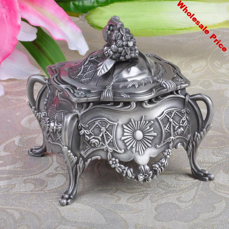 NEW Fashion Jewelry Box Vintage Home Decoration Trinket Box Carrying Cases Metal Art Craft Casket Gift Package Box For Jewellery