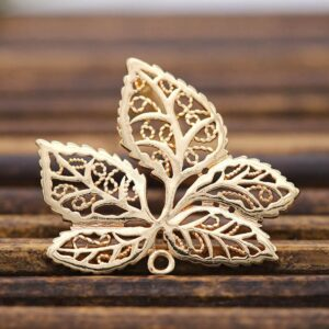 20pcs Brass Casted Filigree Maple Leaf Pendant Connector Charms Quality Women Hanging Dangle Tassel Earrings Jewelry Accessories