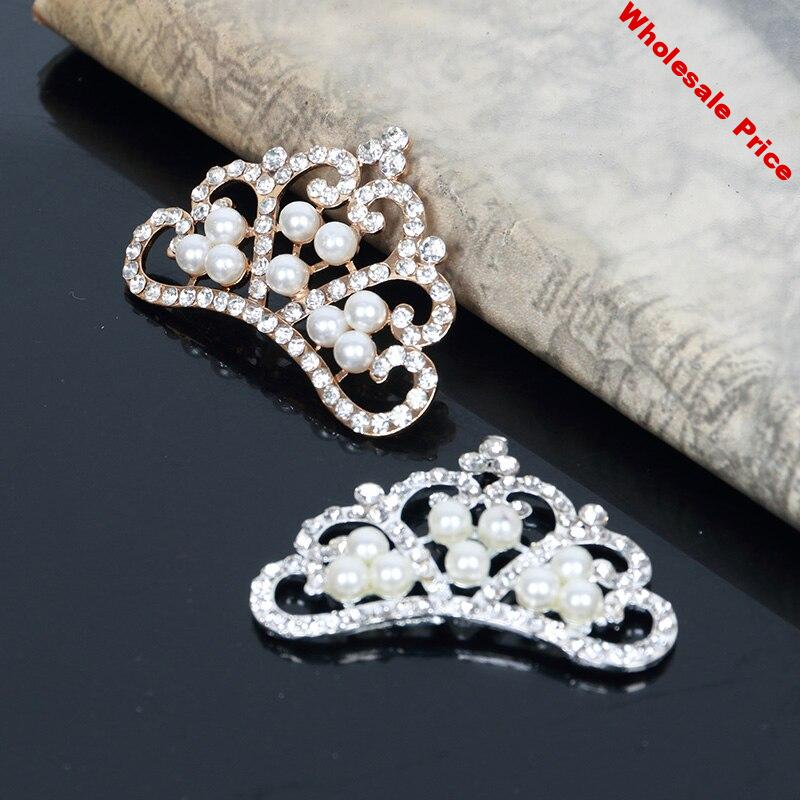 38c9c70c-38c9c70c-2016new-30pcs-rhinestone-pearl-crown-buttons-for-embellishment-button-or-diy-hair-accessories-hz22..jpg