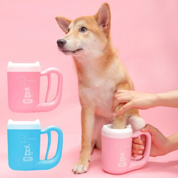Pet Dog Paw Cleaner Cup Foot Cleaner Cup Feet Paw Brushing Washing Pet Soft Silicone Combs Cleaning Brush Quickly Foot Cup