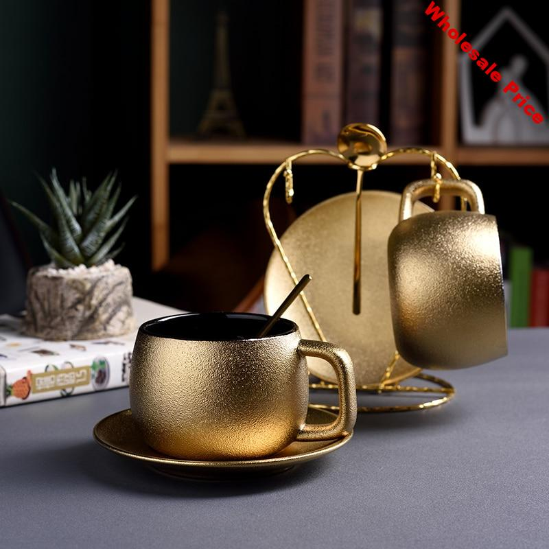 Dubai Luxury Golden Coffee Cups Saucer Sets Noble Gold Pottery Frosted Afternoon Teacup Espresso Mug Tazas Tasse Free Teaspoon