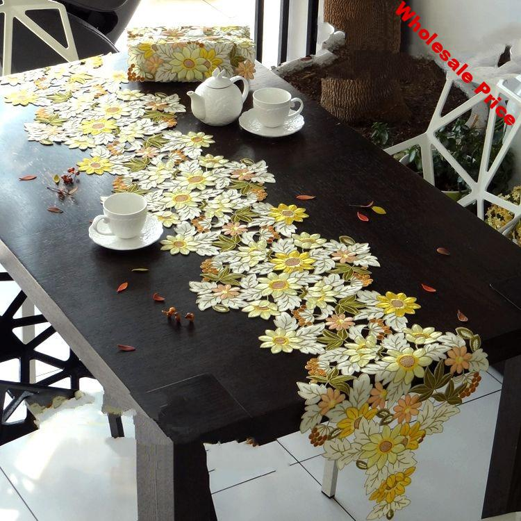Golden sunflowers High-end luxury embroidery cloth art  The table cloth Tea table cloth Table flag  Table mat Dust cover towel