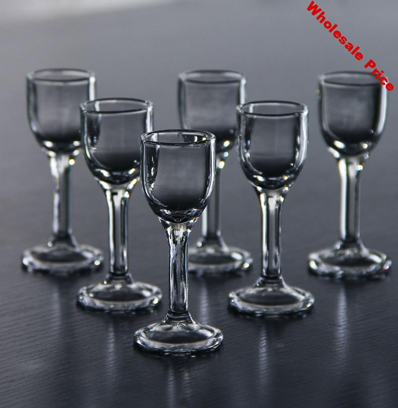 A set of 6 0.3/0.5 ounces machine-made lead-free glass wine glasses for Chinese liquor