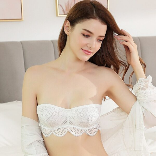 Strapless Slip-proof Invisible Strapless Wrapped Thin Bra Sexy Lace Underwear Women Wirefree White Black Beige A B Half Cup
