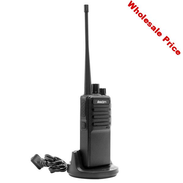 SOONHUA Walkie Talkie Single USB Cable Chargeable Handheld Walkie Talkies With Earphone And Base Charger