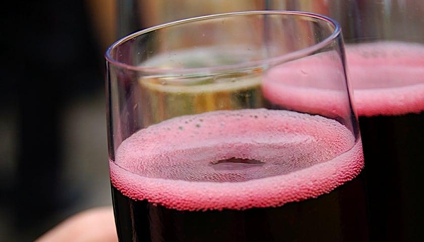 【葡萄酒知識】藏在澳洲的野性氣泡 - Sparkling Shiraz