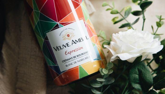 【7 月號 品迷月訂酒】採用香檳法的布根地氣泡酒莊 - 安柏夫人酒莊 萬花筒 經典布根地黑中白氣泡酒