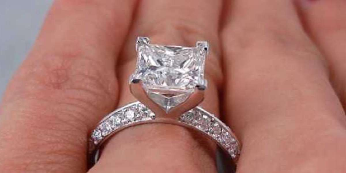 Cost of two carat diamond ring