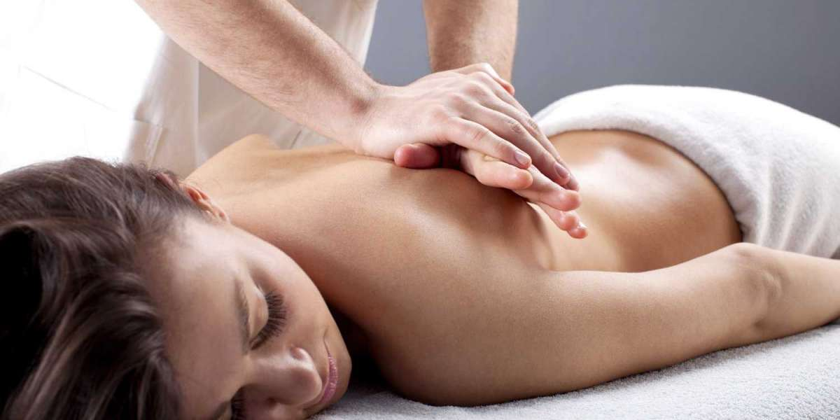 4 REASONS YOU NEED TO TRY A THAI MASSAGE