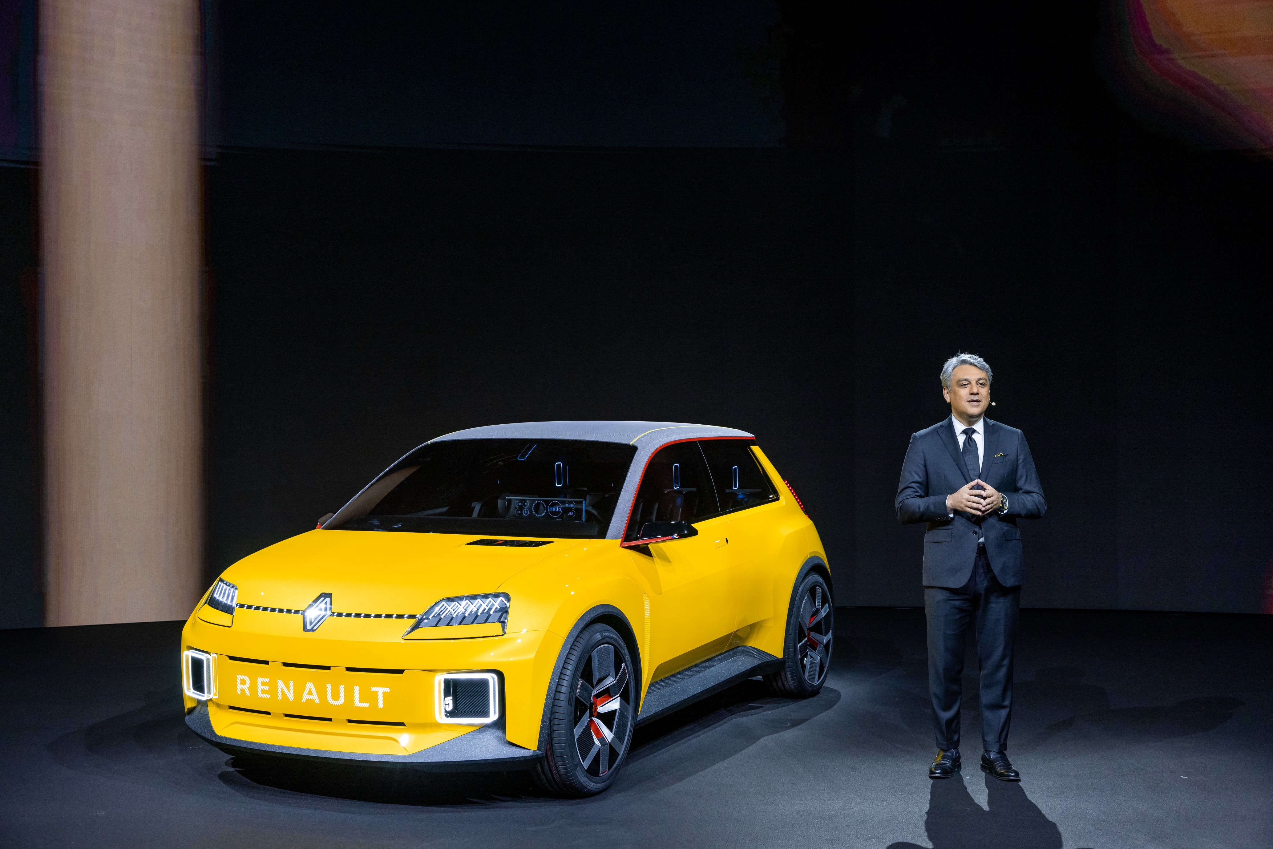 Reveal of the Groupe Renault strategic plan on January 14th, 2021