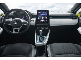 2020 - Renault CLIO E-TECH tests drive