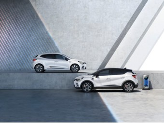 Clio E-TECH First Hybrid et Captur E-TECH First Plug-in Hybrid