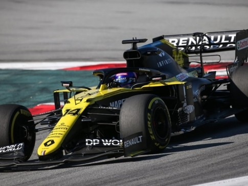 ALONSO ESORDISCE CON RENAULT DP WORLD F1 TEAM