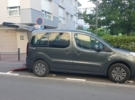 Adapted car rental: Peugeot Partner