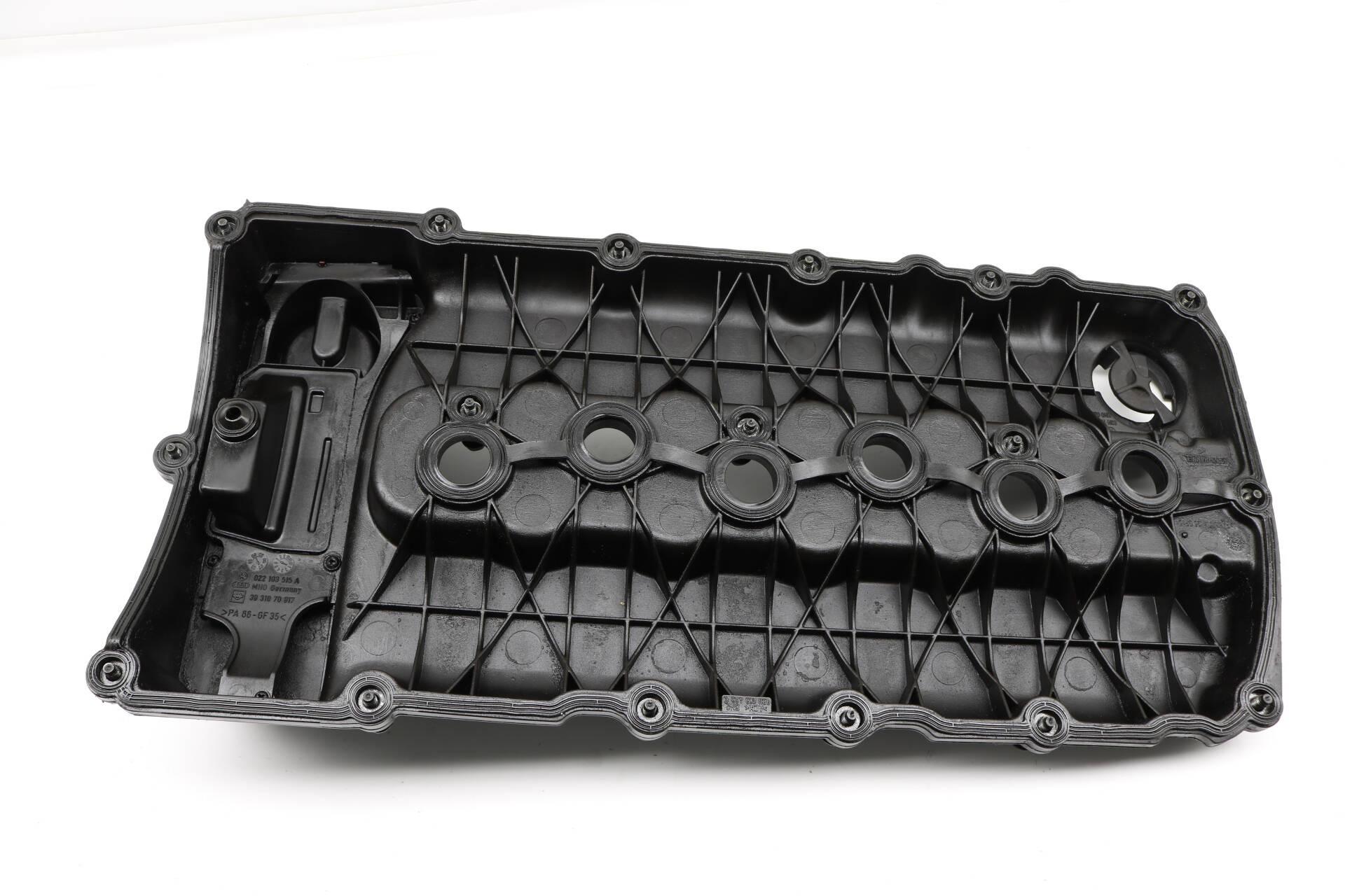 For 2007-2010 Audi Q7 Valve Cover 42741XS 2008 2009 3.6L V6