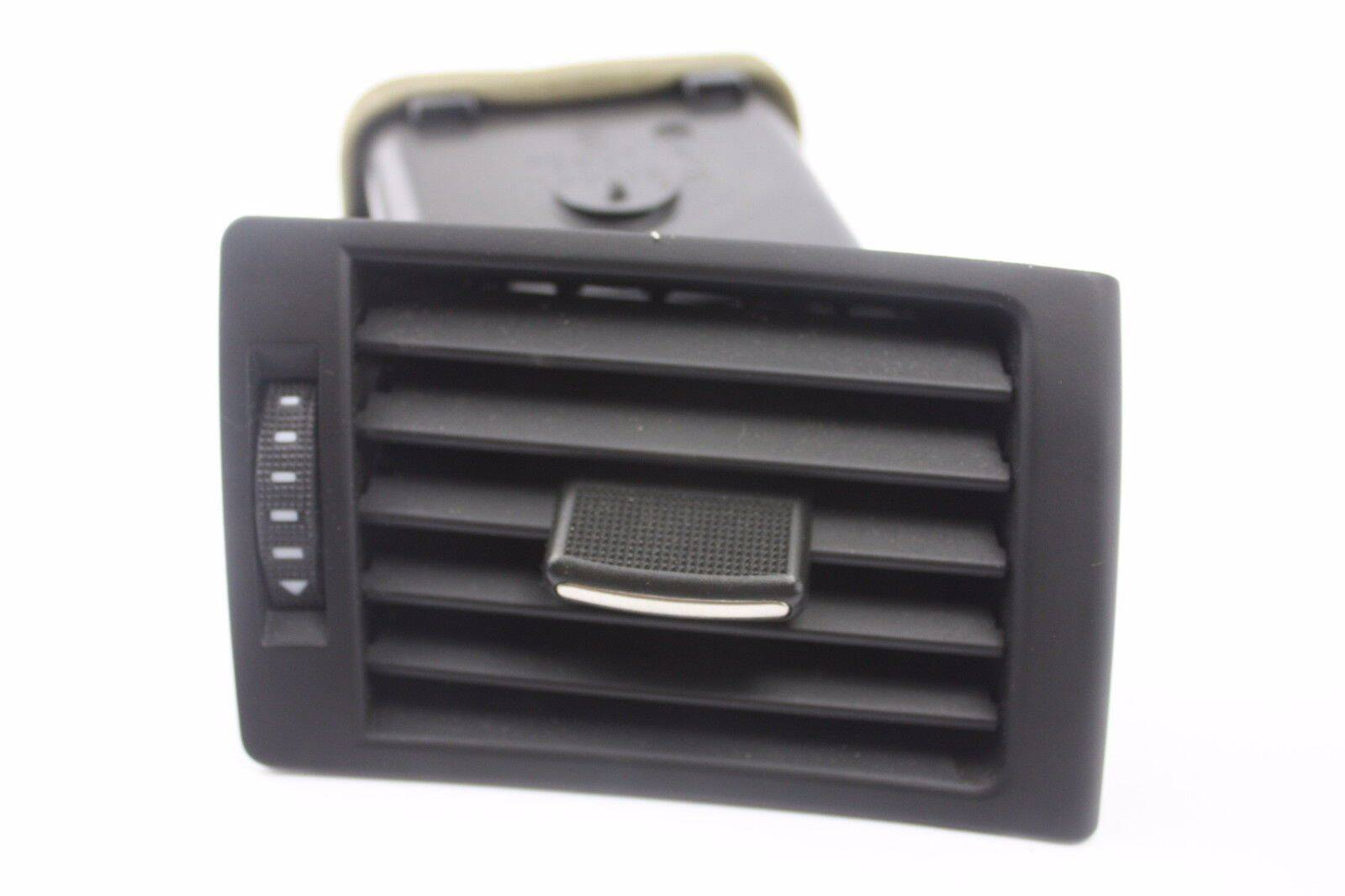 2004-2005-AUDI-S4-B6-FRONT-RIGHT-DASH-AIR-VENT