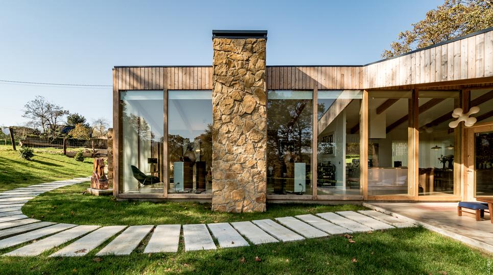 Nitel House